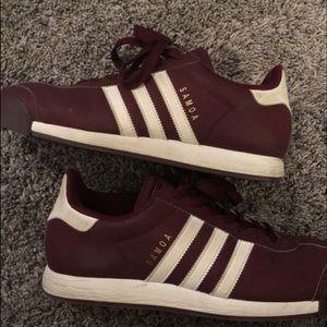 Mens Adidas Samoa shoes size 9.5